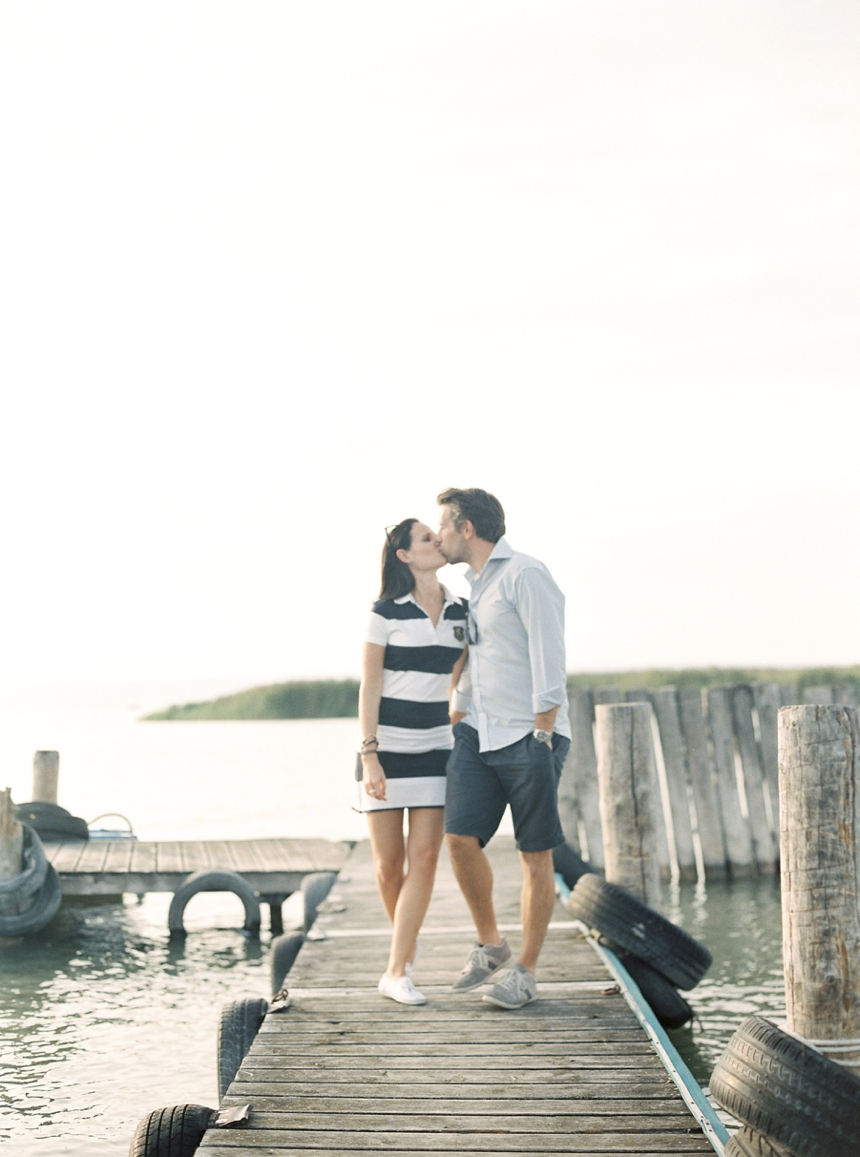 nautical_engagement_session_neusiedlersee_melanienedelko_vienna_weddingphotography
